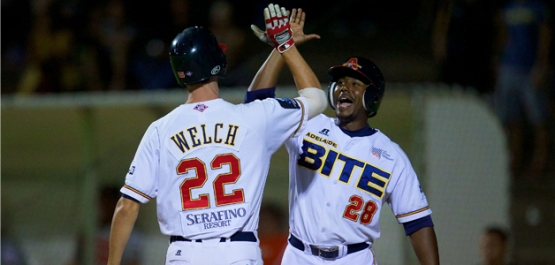 Stefan Welch (left) belted two homers a few nights ago and celebrates with Quincy Latimore (right) (SMP Images)
